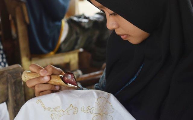 batik cikadu